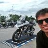 Logo ¡ Tiemblan los motoqueros ! Jota se subió a la BMW Motorrad G310