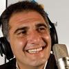 Logo #CONfusiònAtómika entrevista diálogo con el periodista Roberto Caballero