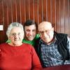 Logo Llamá a tus abuelos - Beto & Sofía