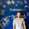 Logo 22.11.2020 @juligurfinkiel, cofundador de @TurismoCity, en #Pagaelquesigue