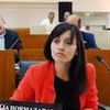 Logo Natalia Hormazabal sobre endeudamiento municipal