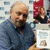 """Logo Entrevista al Dr. Romero sobre su nuevo libro """"Como perros y Gatos. Pórtese bien, sea Animal"""""""
