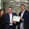 """Logo """"Chevrolet Pesado Castro recibió el premio Club del Presidente de General Motors"""" - Alfredo."""