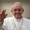 Logo Quinto aniversario de la designación del Papa Francisco - Rompiendo Moldes