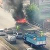 Logo Se incendiaron dos autos sobre autopistas