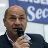 Logo Mario Secco,intendente de Ensenada:Yo ya estoy acostumbrado a que me peguen los medios como Infobae