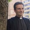 Logo Entrevista a  Krzysztof Charamsa, el cura gay  expulsado del Vaticano por el Papa Francisco