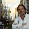 Logo El poeta Juano Villafañe se subió al Tren para charlar de su nuevo libro El corte argentino.
