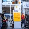 Logo Anticipan un posible incremento en las naftas, sería del 5%