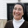 Logo La hermana Mónica Astorga Cremona en Detrás de las Palabras