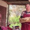 Logo En Tailadia, una mujer encontró 7 kilos de vómito de cachalote valuados en USD 260.000