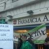 Logo Se profundiza la protesta en Farmacia Azul Farmaplus de Caballito.