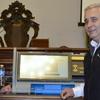 Logo Tras el fallo judicial, Ríos pidió un sistema de votación mixto: papel y BUE
