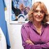 Logo Adriana Puiggros en Los Domingos No Son Puro Cuento - Radio Grafica FM 89.3