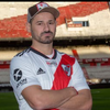 """Logo Rodrigo Mora: """"La vida te da y saca cosas""""."""