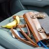 Logo El peligro de objetos sueltos en el auto