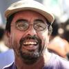 """Logo Fernando Esteche Dr. en Com. Social."""" """"Estamos en medio de las resistencias populares""""."""