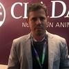 Logo Pedro Deluchi, Gerente División Avicultura de CLADAN.